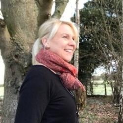 Dr Tanja  Hoffmann